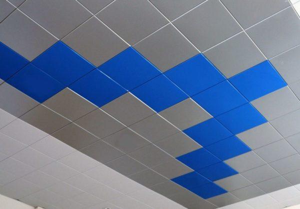 Безреечный кассетный подвесной потолок