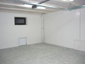 Чем отделать стены в гараже
