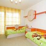 dizajn-detskoj-komnaty-dlya-dvuh-malchikov-30
