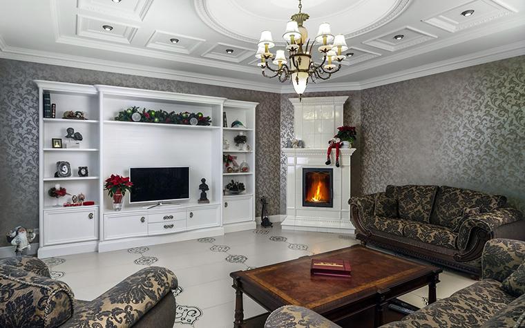 Ремонт гостиной с камином фото