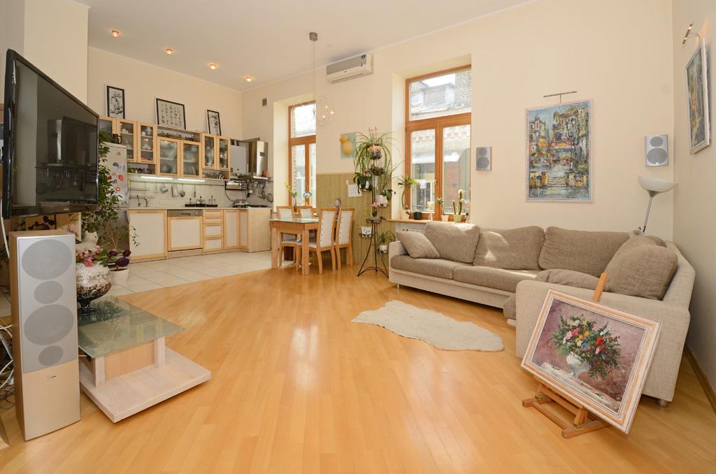 Дизайн гостиной в доме варианты