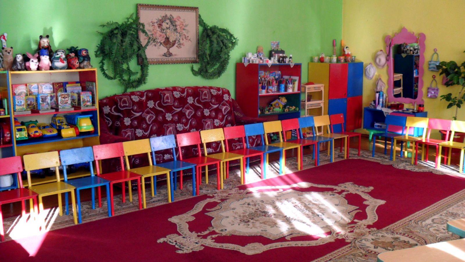 Интерьер игровой комнаты в детском саду - дизайнерини.