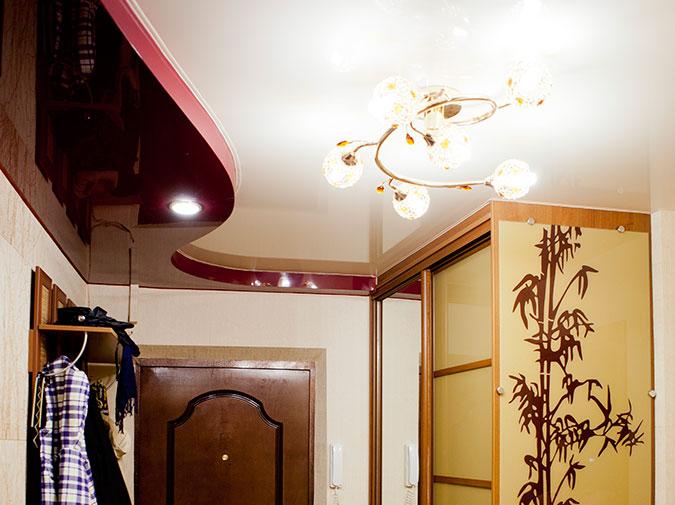 навесные потолки для прихожей фото