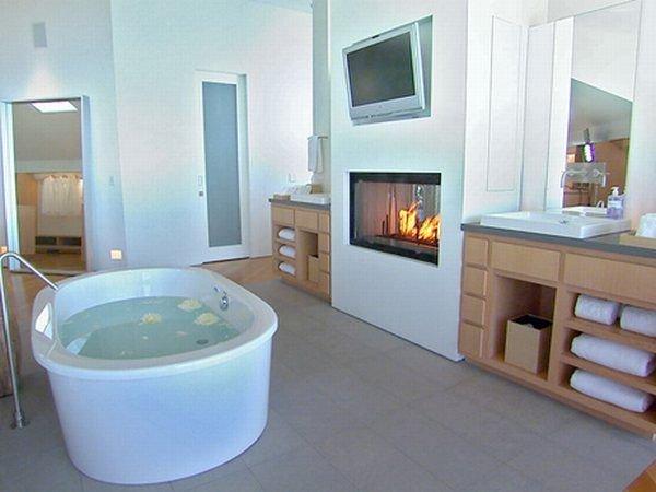 дизайн потолков в ванной комнате