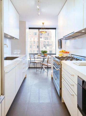 Узкая и длинная кухня дизайн фото