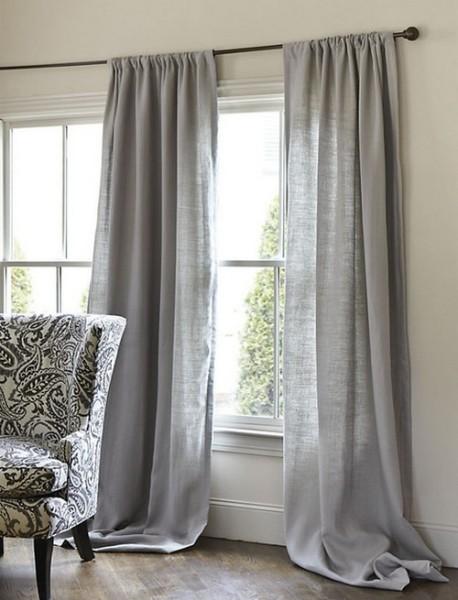 Дизайн штор для дачи предполагает использование натуральных тканей, и лен здесь будет вполне уместен