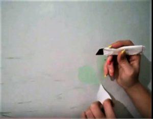 Элементы узора только поддеваются кончиком ножа и вынимаются
