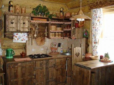 Грубая деревянная мебель ручной работы считается неотъемлемой деталью большинства этнических стилей.
