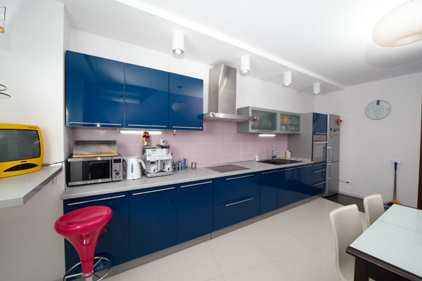 Кухни в квартире а также выше можно