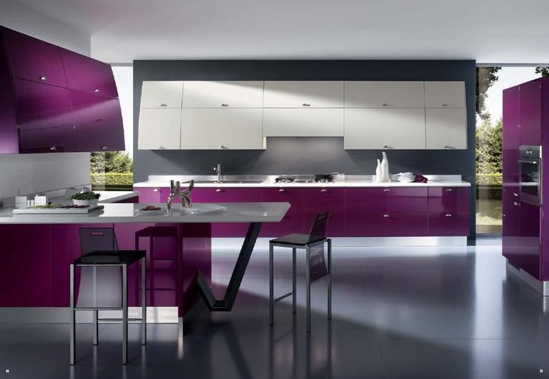 Хай-тек в фиолетовых оттенках