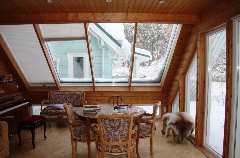 Закрытая веранда в деревянном доме дизайн