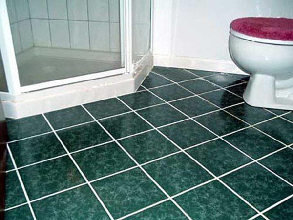 Дизайн пола из плитки в ванной