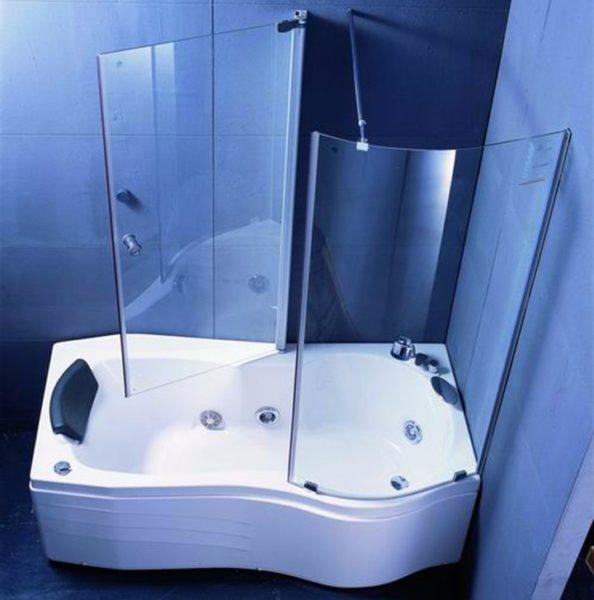 Комбинированная ванна-душ позволит не отказываться от душевой кабинки даже в маленькой хрущевке