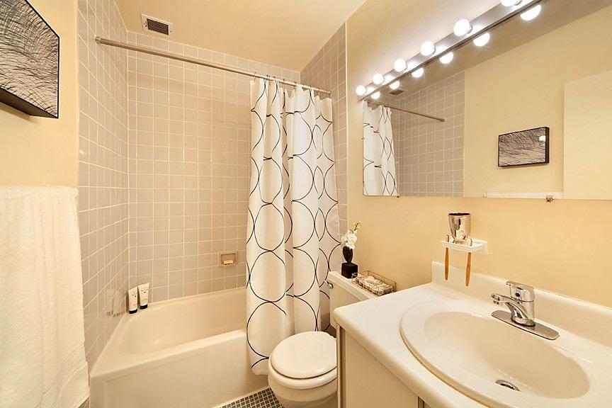 Ванная комната дизайн крашенные стены
