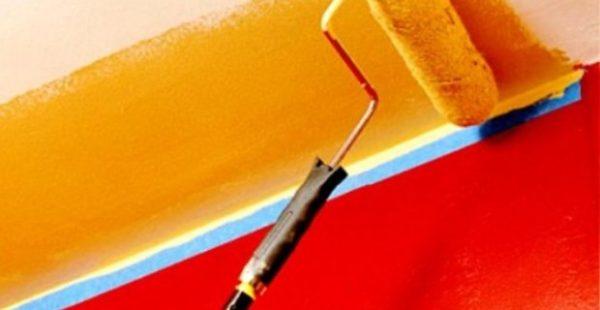 Латексные лакокрасочные материалы чаще всего используют для покраски стен и потолков