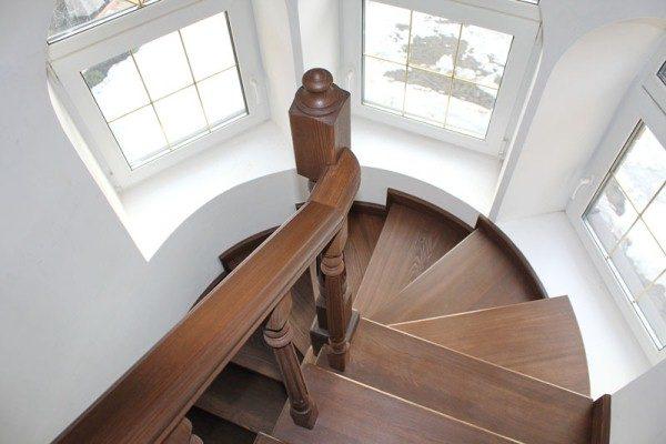 Лестница в эркере