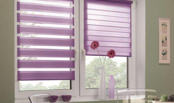 На фото — рулонные шторы, их можно развернуть на нужную длину