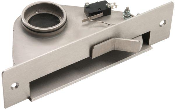 На фото в верхней части пневмосовка видно концевой выключатель для запуска пылесоса.