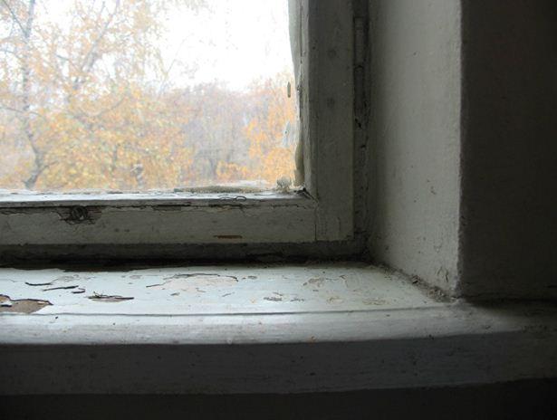 Неказистые внешне, деревянные рамы в домах советской постройки были частью системы вентиляции квартир.
