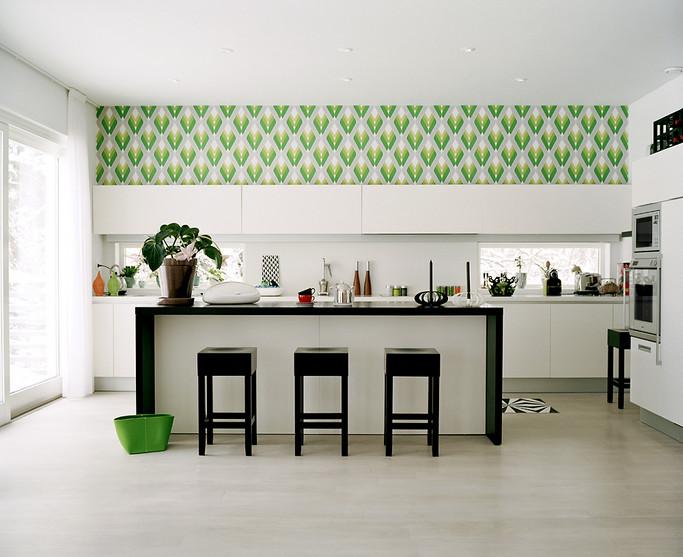 Дизайн кухни с обоями