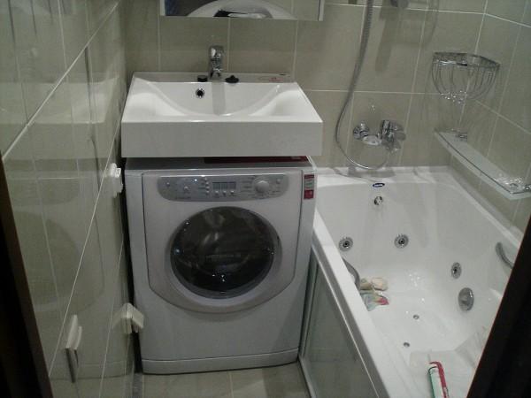 Раковина-кувшинка со стиральной машиной