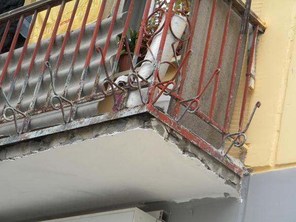 С чего начать ремонт балкона, фото и видео примеры восстанов.