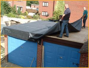 Стелить с крыше на какой стороны гидроизоляцию
