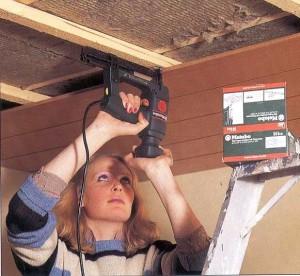 Ремонт потолков в деревенском доме своими руками фото