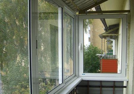 Ремонт балкона в хрущевке и варианты отделки кухни в двухком.