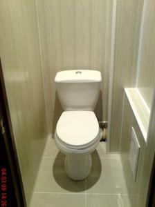 Ремонт в туалете панелями