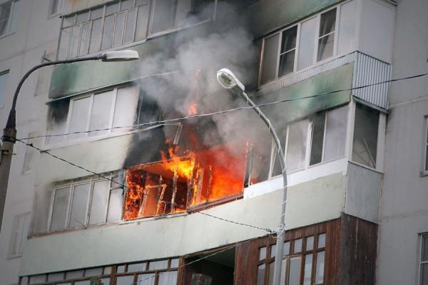 Результатом перегрузки электрической сети может стать пожар в вашей квартире