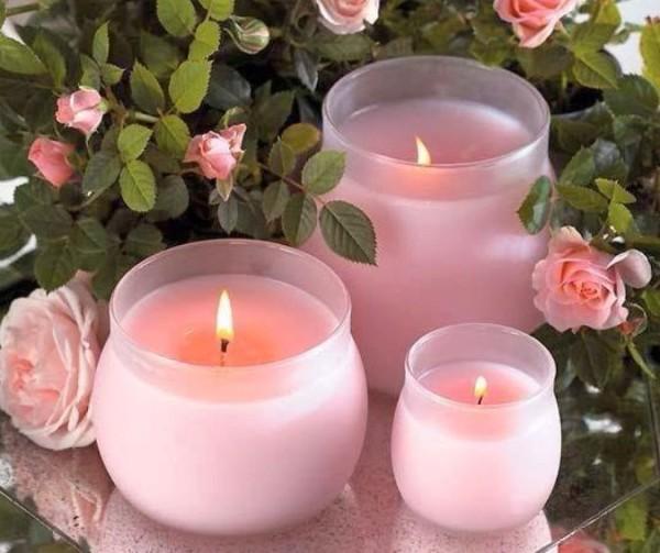 Стресс, паника? Ароматы розы, герани и лаванды помогут успокоиться