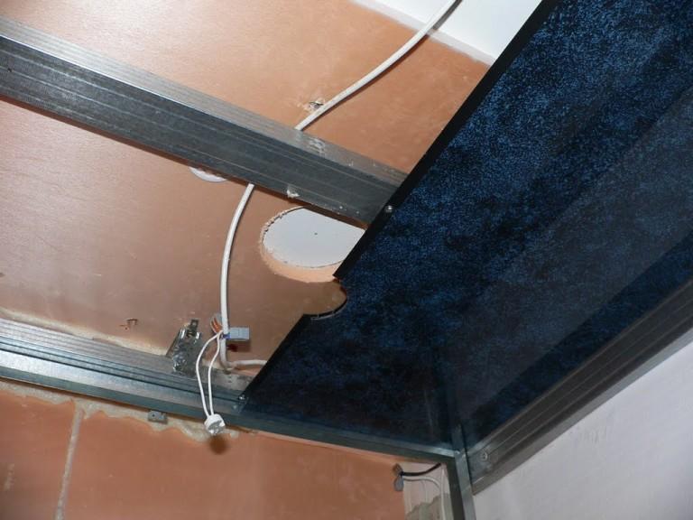 Видео как сделать потолок из пластиковых панелей в ванной своими руками