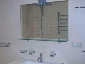 Установка полотенцесушителей, зеркал, полочек