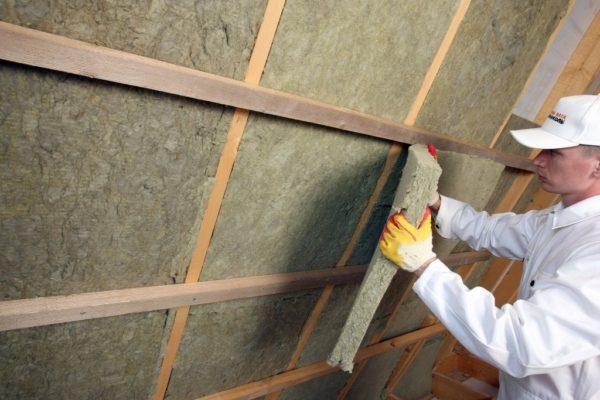 Утеплитель для крыши должен быть эффективным и долговечным