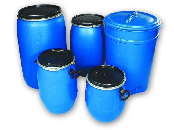 В качестве резервуара используются пластиковые ёмкости