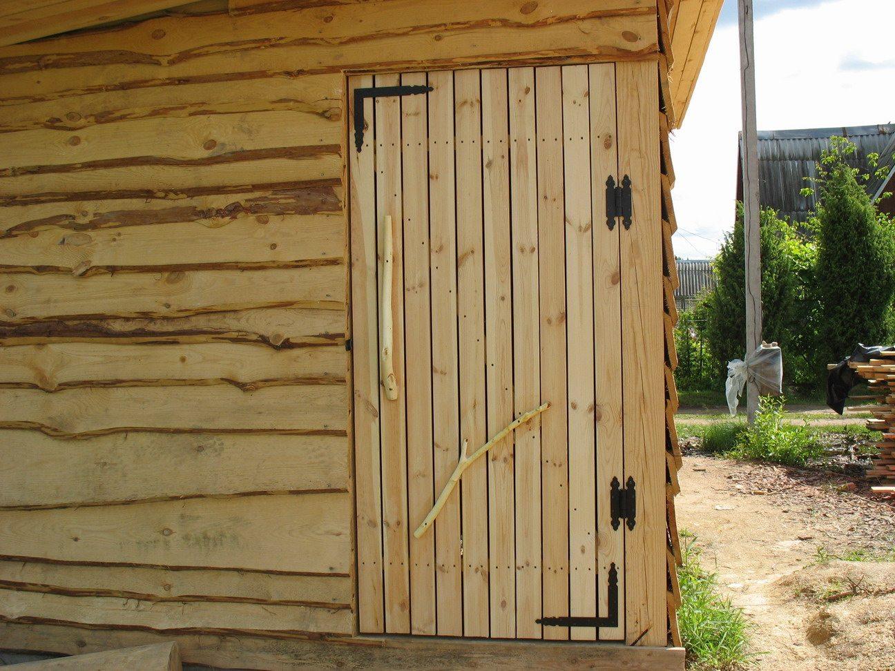 287Как сделать железную дверь в сарай