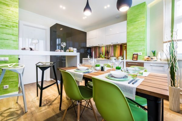 Зеленый, белый и коричневый — сочетания, присущие экостилю