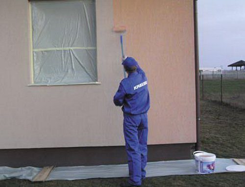 Акриловые краски могут использоваться для фасадов