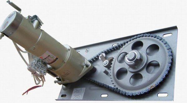 Автоматизировать роллетные ворота можно быстро и просто, в конструкции предусмотрено место под крепление электродвигателя