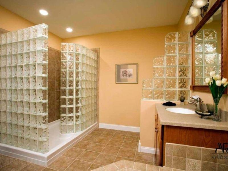 применение стеклоблоков в ванной комнате