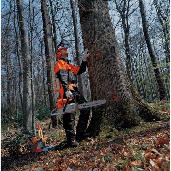 Бензопилой Штиль 660 можно орудовать в самых дальних лесных уголках