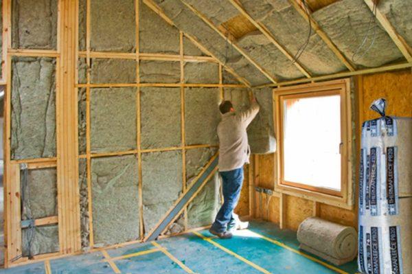 Благодаря базальтовому утеплителю можно обойтись без монтажа дополнительных шумоизоляционных материалов