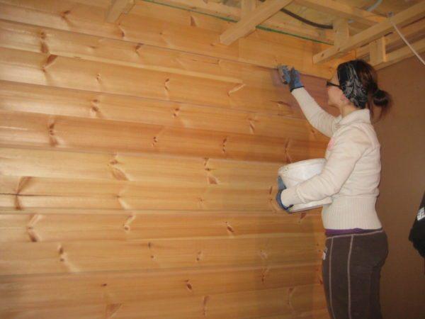 Благодаря экологичности покрытие можно использовать внутри жилья