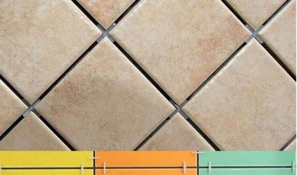 Благодаря крестикам швы между плитами получаются идеально ровными