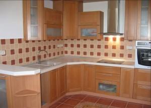 Чем отделать стены на кухне: фартук
