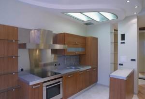 Чем отделать стены на кухне: Керамическая плитка