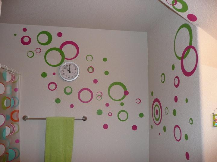 Украшение на стену своими руками из бумаги: красивые помпоны и гирлянды 88