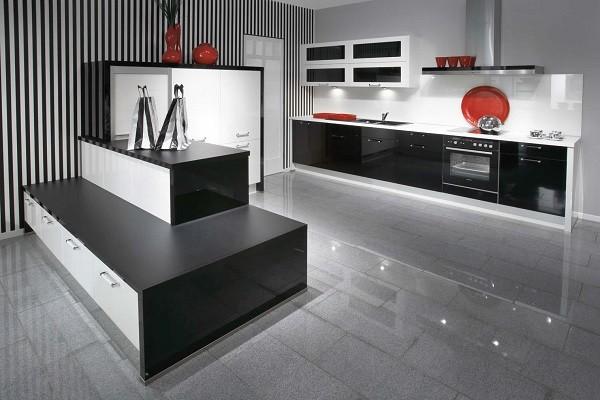 Дизайн кухни в стиле хайтек с элементами минимализма