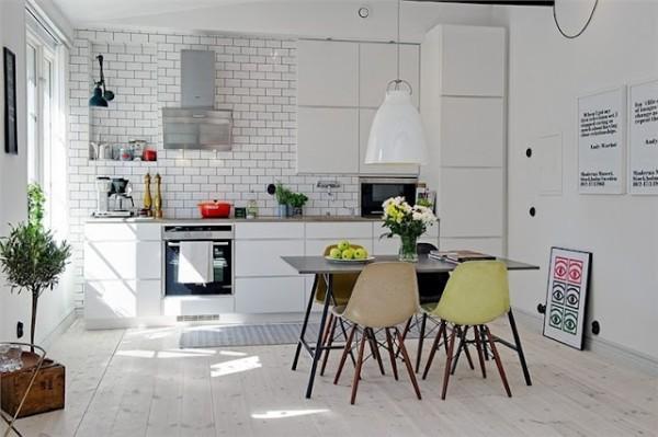 Дизайн прямой кухни в белом цвете